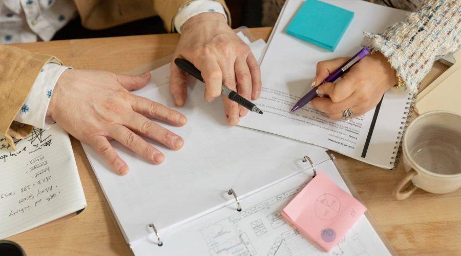 contratar asesor organizacion
